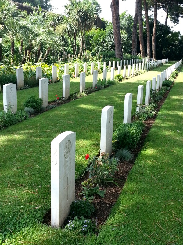 commonwealth-war-cemetery-rome-2