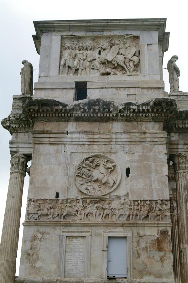 ruínas romanas - arco de constantino