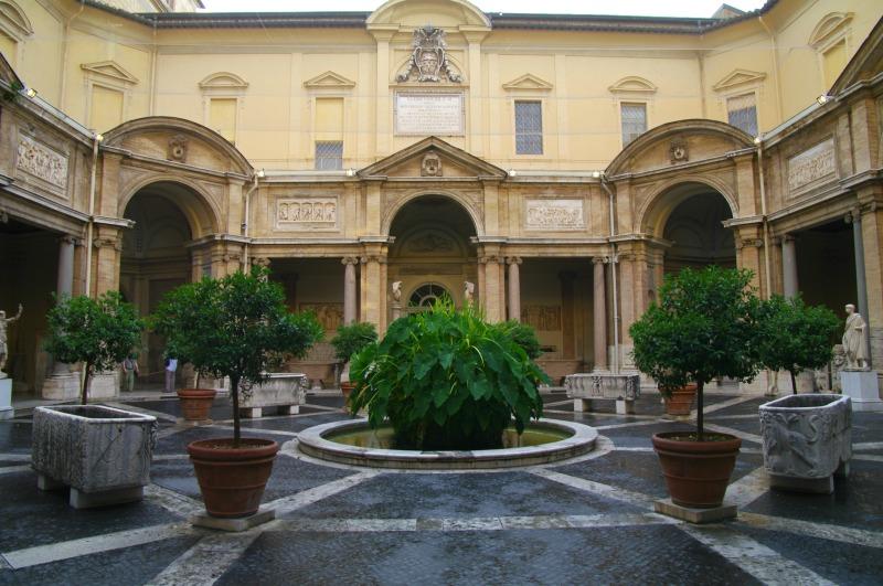 visita-noturna-museus-vaticanos-6
