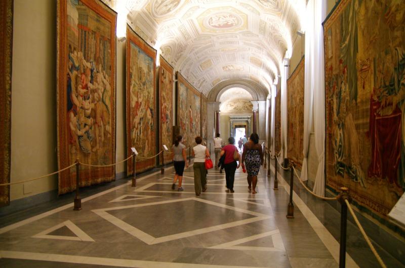 visita-noturna-museus-vaticanos-9