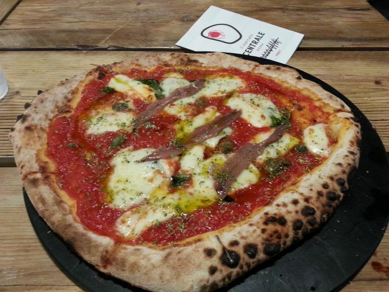 comer-pizza-boa-em-roma