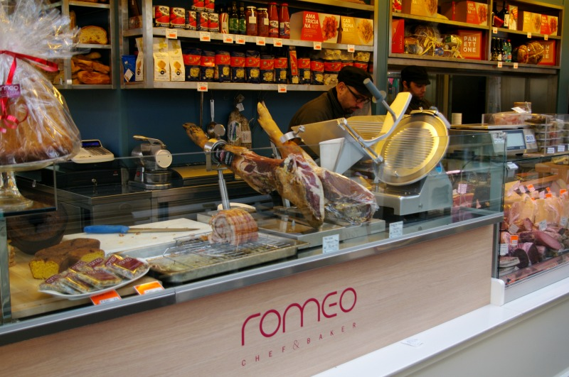 onde-comer-em-roma-mercado-de-testaccio-2