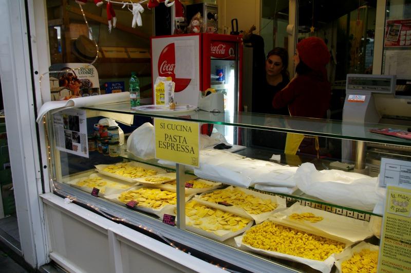 onde-comer-em-roma-mercado-de-testaccio-3