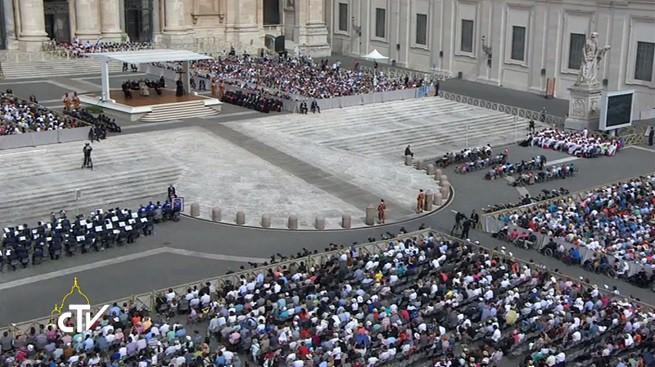 cerimônia para ver o papa