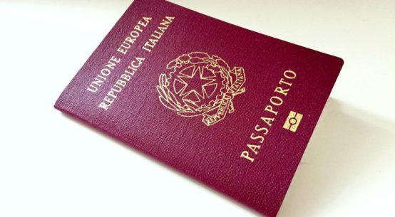 sair do brasil com passaporte europeu