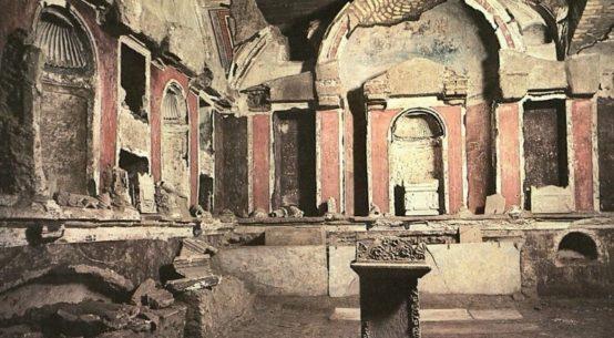 foto do túmulo de são pedro